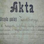 Akta miast oraz gmin a badania genealogiczne [genealog w archiwum]