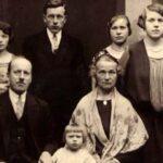 Francuskie powroty i pożegnania. Historia rodzinnego genealoga